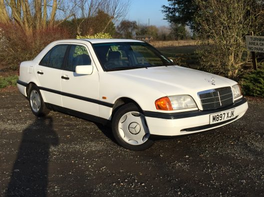Mercedes 016